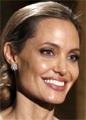 Анджелина Джоли получила «Оскар» и вывела на красную дорожку подросшего сына