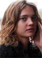 Наталья Водянова прилетела в Россию хоронить деда