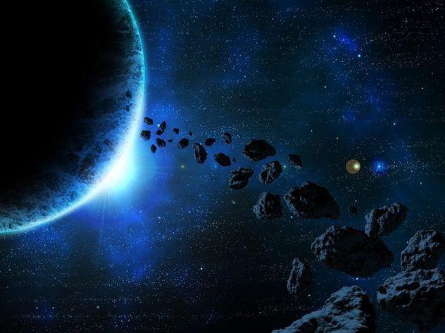 Жителям Земли посоветовали готовиться к падению комет и астероидов