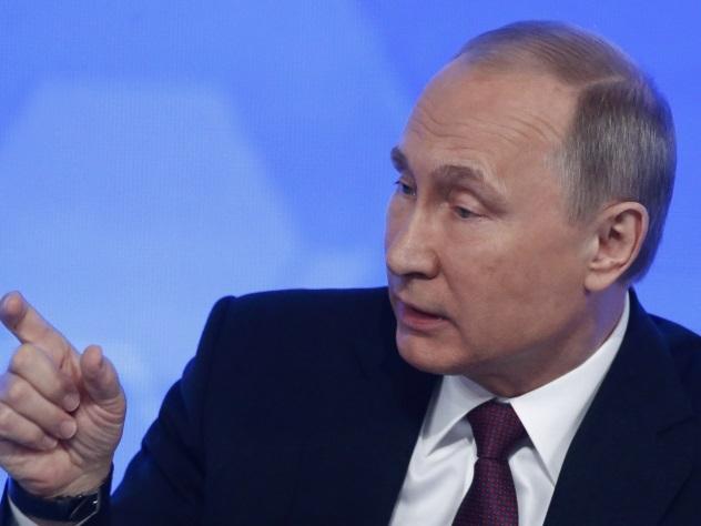 Путин отказался сообщить содержание разговора сОбамой по«красному телефону»