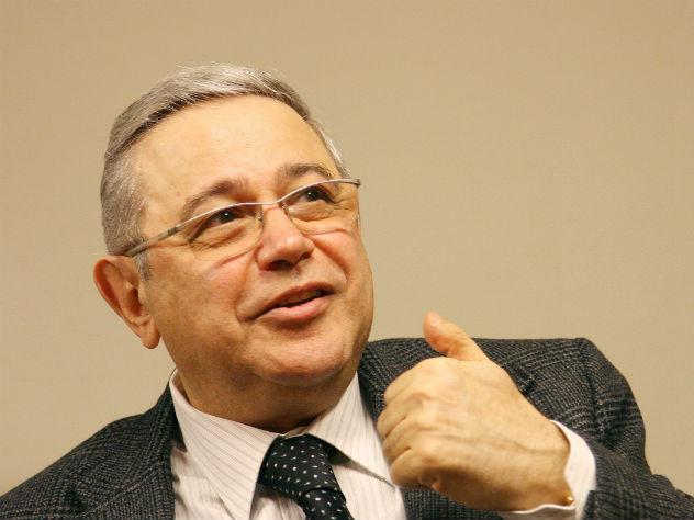 Наюмористов Петросяна иСтепаненко подали всуд