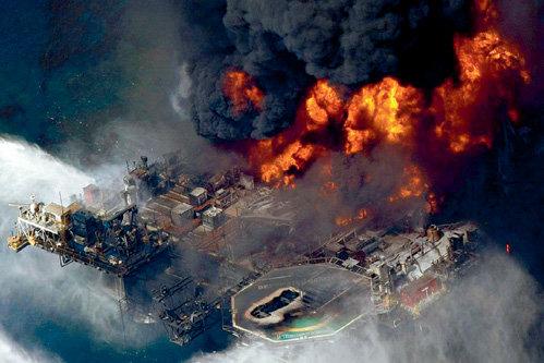 Ликвидация взрыва нефтедобывающей платформы обошлась компании  «BP» в $12 миллиардов, но природе от этого не легче