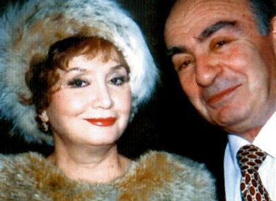 С третьим мужем Анатолием КРЕМЕРОМ певица неразлучна более 30 лет