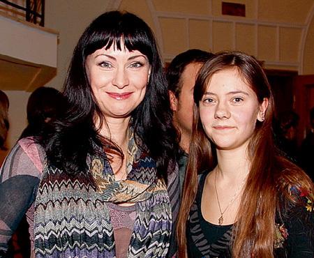 Нонна ГРИЩАЕВА с дочерью Настей
