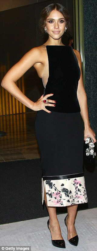 Джессика АЛЬБА - фото Daily Mail