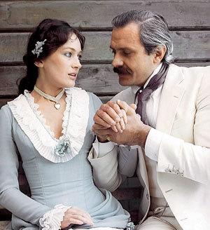 С Никитой МИХАЛКОВЫМ в «Жестоком романсе» (1984 г.)