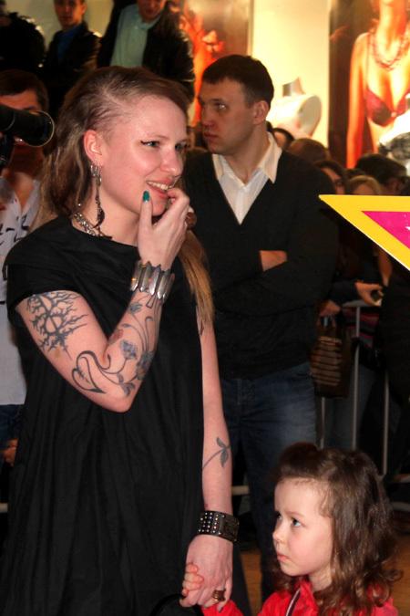 Валерия Гай Германика с дочкой