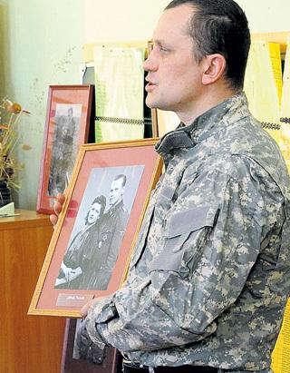 В латвийских школах идёт героизация садистов и убийц