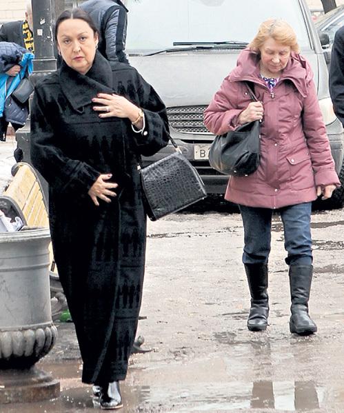 На крестины Аллы-Виктории Мунира и киркоровская домработница Люся приехали в одной машине