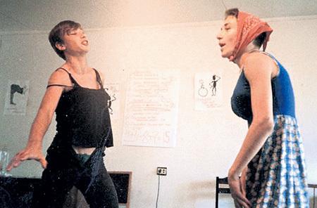 Павел (слева) с другом Ильей ФАЙНБЕРГОМ на занятиях театрального кружка в летнем лагере. Фото: facebook.com