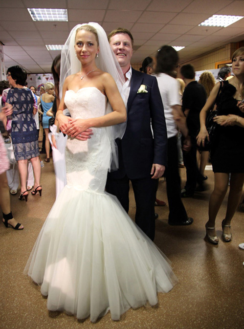 Анна ДУБОВИЦКАЯ с своим супругом Сергеем АНОХИНЫМ (фото Бориса КУДРЯВОВА)