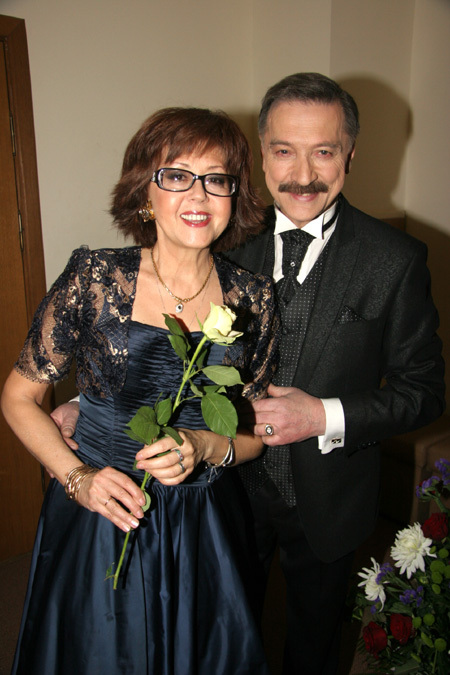 Александр ТИХАНОВИЧ с супругой