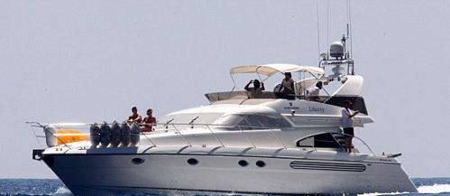 С борта яхты «Liberty» влюбленные любовались красотами Средиземноморья