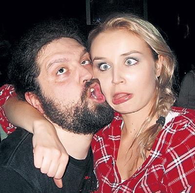 Сейчас Полина живёт с 30-летним барабанщиком Борисом ИОНОВЫМ. Фото: vk.com