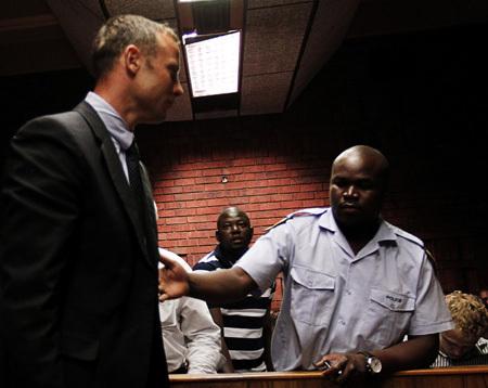 ПИСТОРИУС в зале суда (фото Reuters)