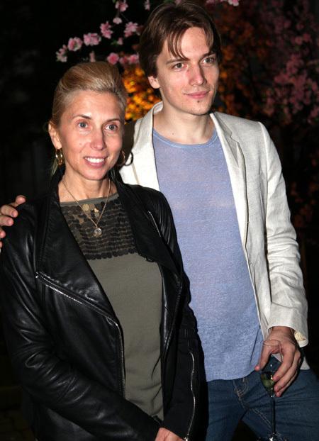 Алёна СВИРИДОВА с сыном Василием (фото Ларисы КУДРЯВЦЕВОЙ)