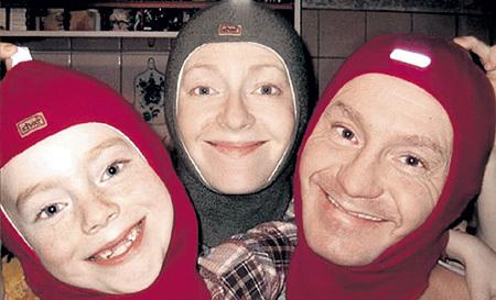 Со старшим сыном Сашей и второй женой Натальей. Фото: Fb.com