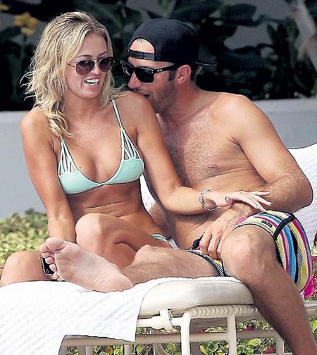 Первый совместный отпуск на Гавайях Паулина и Джастин провели через месяц после знакомства