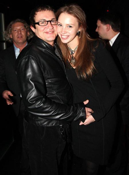 Дмитрий ДИБРОВ с женой Полиной. Фото Ларисы КУДРЯВЦЕВОЙ