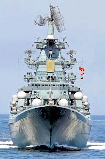 Наш эсминец сутки ждал, пока британский «Защитник» пройдёт 600 миль из Плимута