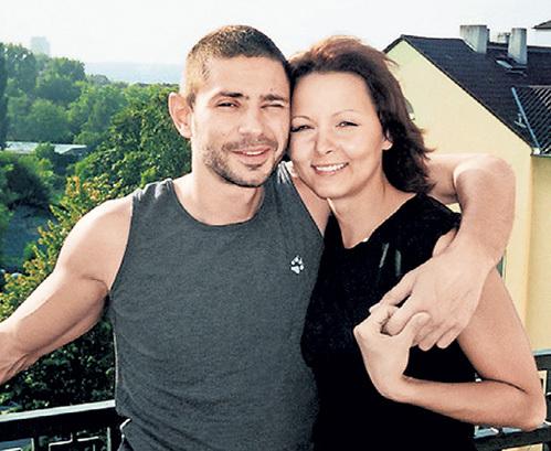 Дарья ПОВЕРЕННОВА была счастлива с любимцем миллионов два года...