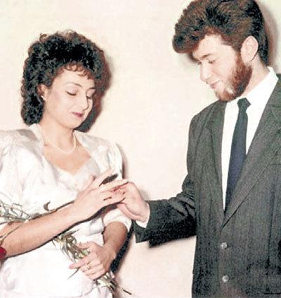 С первой женой Ольгой ЛЫСОВОЙ. Брак распался из-за того, что супруга не смогла родить наследника