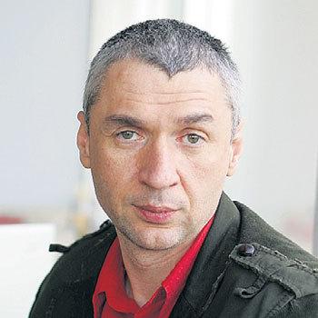 С первым мужем - писателем Дмитрием ЛИПСКЕРОВЫМ актриса рассталась через год