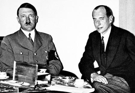 ГИТЛЕР с министром иностранных дел Польши - полковником БЕКОМ (1938 год)