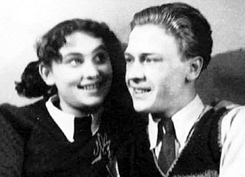 С первым мужем Стаславом КОРЕНЕВЫМ, 1953 г. Фото: communa.ru