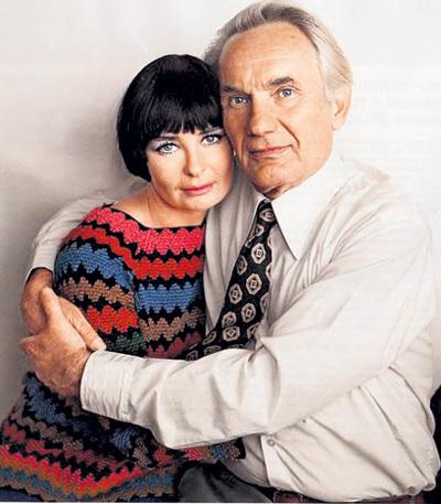 С третьей женой Ольгой СОЛОВЬЁВОЙ ПЕРЕВЕРЗЕВ познакомился на съёмках «Дня ангела»