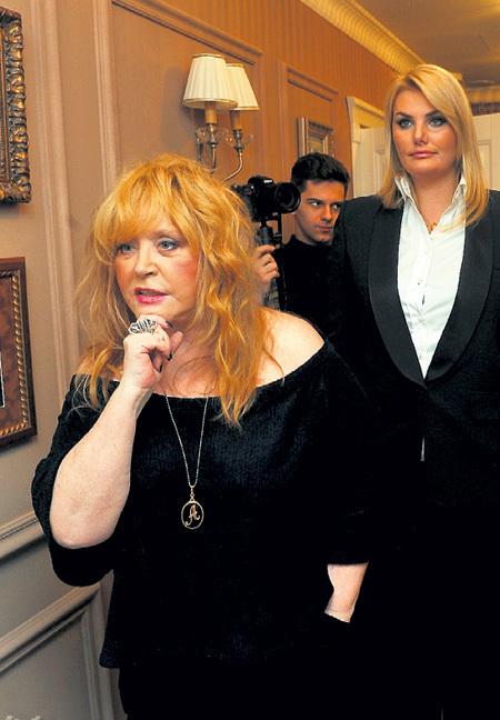 Алла Борисовна когда-то дарила Ирсон шубы, а сейчас требует вернуть долги. Фото Евгении ГУСЕВОЙ/«Комсомольская правда»