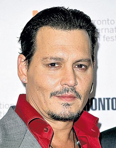 На кинофестивале в Торонто полнота ДЕППА бросалась в глаза...