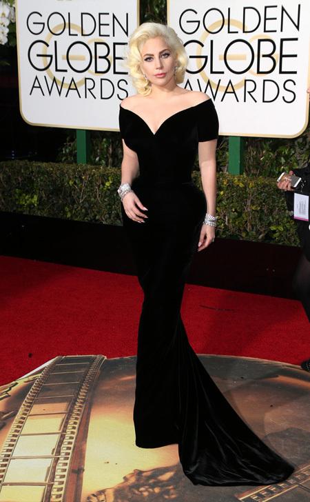 В прошлом году Lady Gaga получила «Золотой глобус» как актриса за сериал «Американская история ужасов: Отель». Получит ли дива «Оскар» как певица, мы узнаем 28 февраля