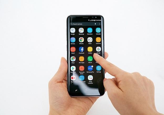 Русские  ретейлеры открыли предзаказ на Самсунг  Galaxy S8
