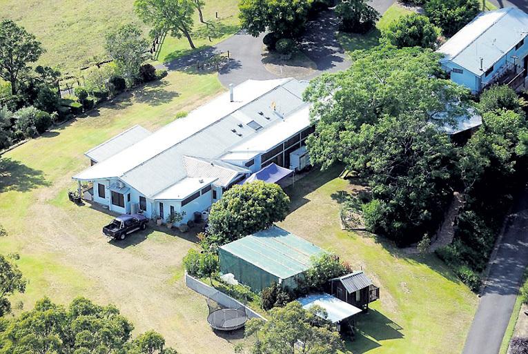 На территории ранчо появятся зоопарк, бассейн, баскетбольная площадка, поле для крикета и теннисный корт