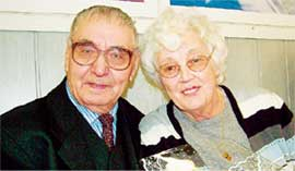 ЧЕРЕЗ ГОДЫ, ЧЕРЕЗ РАССТОЯНИЯ: Иван и Лиз ждали встречи шесть десятков лет