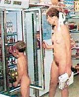 ОТКРОВЕННЫЙ ШОПИНГ: голые покупатели ничего не украдут