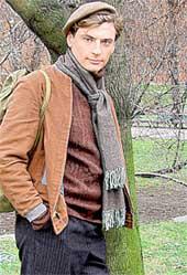 ДМИТРИЙ ЖУЛИН НА СЪЕМКАХ СЕРИАЛА: его герою Алексею Казарину - 17 лет