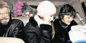 СЧАСЛИВОЕ СЕМЕЙСТВО: отец, старшая дочь Екатерины, молодая мама и Богданчик