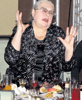 Опрокинув несколько рюмочек, Лидия ФЕДОСЕЕВА-ШУКШИНА погружалась в неземные грёзы