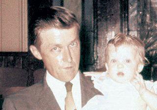 Жизнь Виктора ГУСЬКОВА оборвалась в 38 лет (на фото у него на руках племянница)