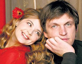 С Ириной ПЕГОВОЙ Дмитрий счастлив уже пять лет