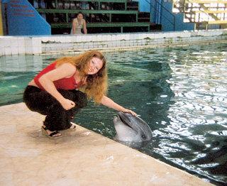 От дельфинов Екатерина черпает положительную энергию