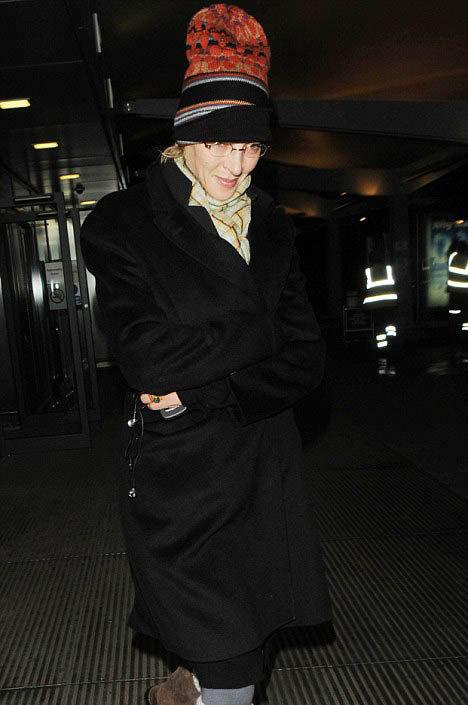 После примирения с женихом Ума предпочитает носить удобные, но выглядящие нелепо вещи. Фото: Daily Mail