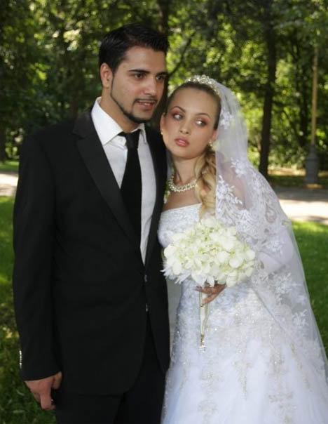 Саша и Оля поженились через два месяца после того, как стали жить вместе. Фото: starstory.ru
