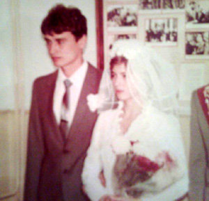Ольга и Александр ШАЙХЛИСЛАМОВЫ в день свадьбы не думали - не гадали, что их младшая дочка будет сводить с ума мужчин всего мира
