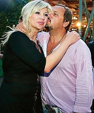 Инна, вторая супруга Стаса МИХАЙЛОВА, в августе 2009-го подарила мужу дочку. От первого брака у него тоже есть дети - мальчик и девочка