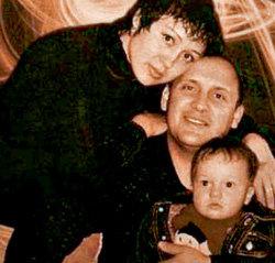 Стас МИХАЙЛОВ с Инной ГОРБ и сыном Никитой