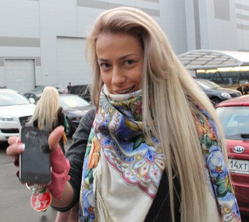 Аня и без макияжа - настоящая русская красавица