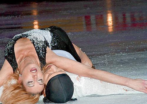 С фигуристкой Ириной ЛОБАЧЁВОЙ актёр сошёлся в 2007-м
